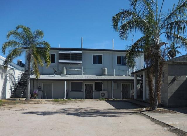 Flat 2/182B Queen Street, QLD 4807