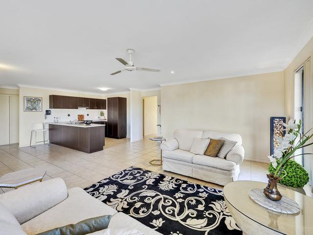 15 Eloise Place, QLD 4074
