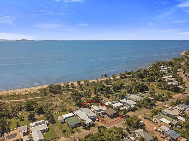 20 The Esplanade, QLD 4818
