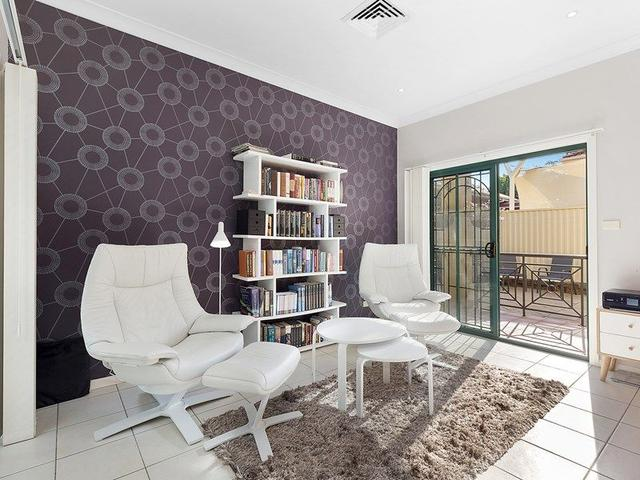 1/26 Young Street, NSW 2224