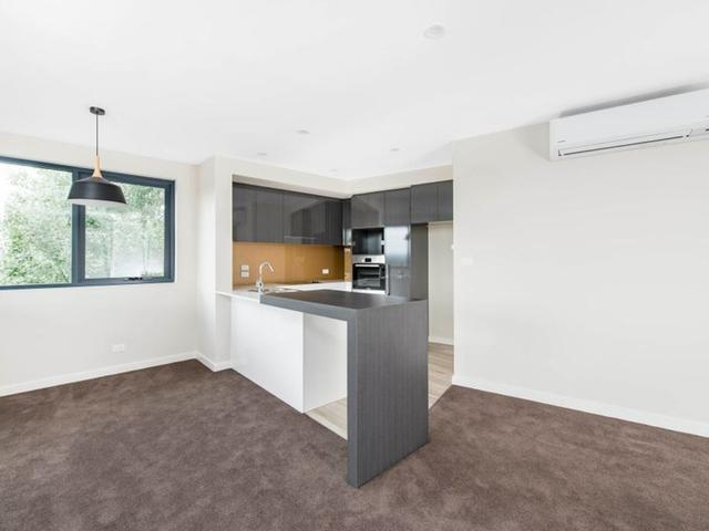 30/115 Canberra Avenue, ACT 2603