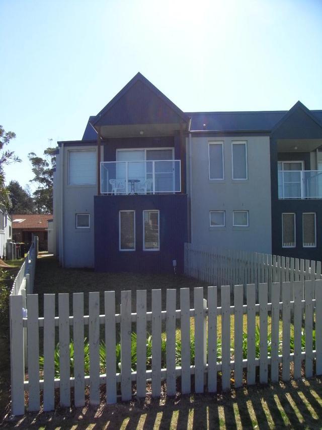 2/5 Coronation Drive, NSW 2537