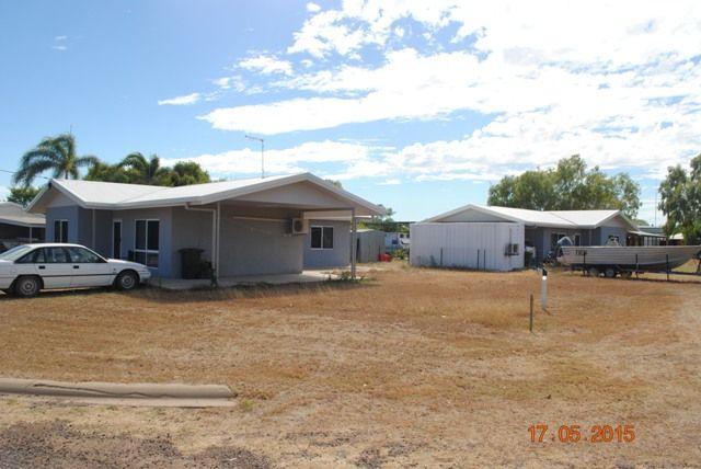 100 Carron Street, QLD 4891