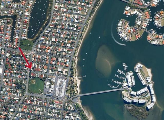 2/37 Bruce Ave, QLD 4216
