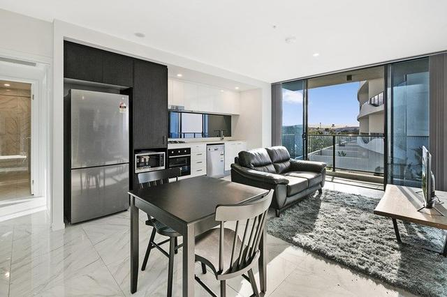 Level 2, 4212/5 Harbourside Court, QLD 4216