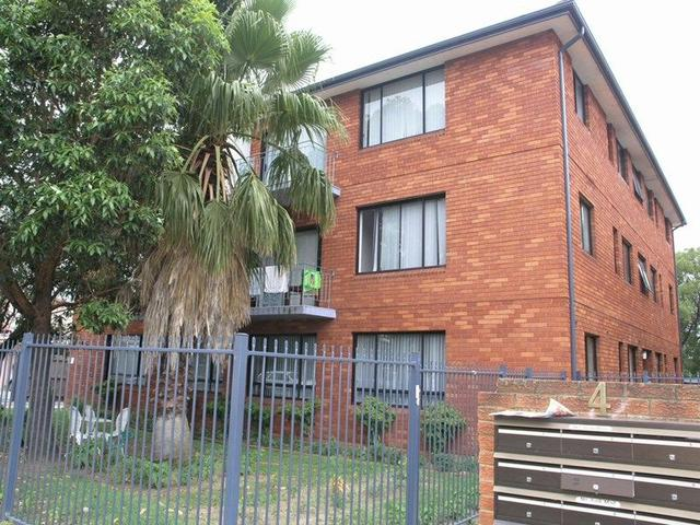 2/4 Goulburn Street, NSW 2170
