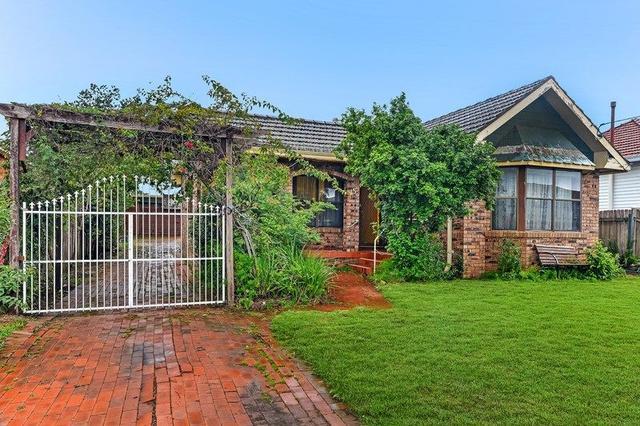 15 Brennan Road, NSW 2199