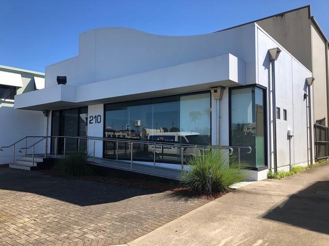 210 Mulgrave Road, QLD 4870