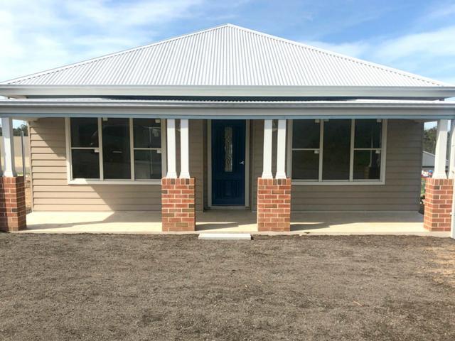 42 McGann Street - Huntlee, NSW 2335