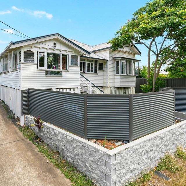 96 School Road, QLD 4104