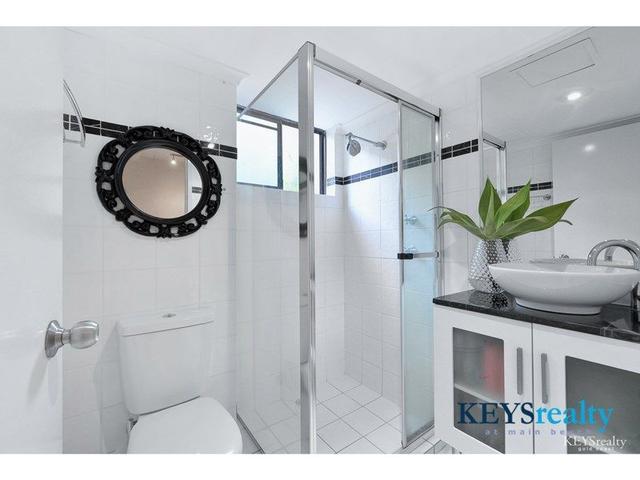 Woodrowe Place, 28 Woodroffe Avenue, QLD 4217