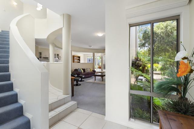 10A White Sands Place, NSW 2536