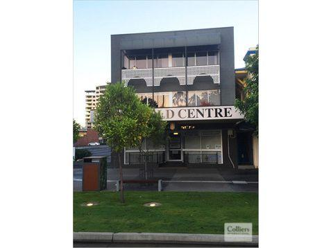 Suite 15/129a Lake Street, QLD 4870