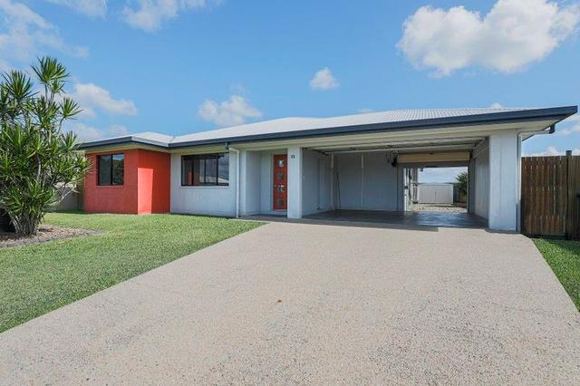 11 Clark Place, QLD 4753
