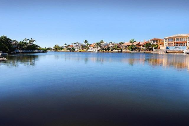 48 Barrier Reef Drive, QLD 4218