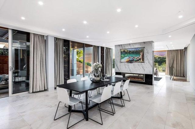 10 Marie Dodd Crescent, NSW 2221