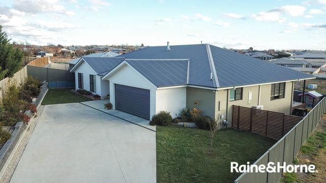 27 Parer Road, NSW 2795