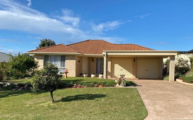 21 Royal Mantle Drive, NSW 2539