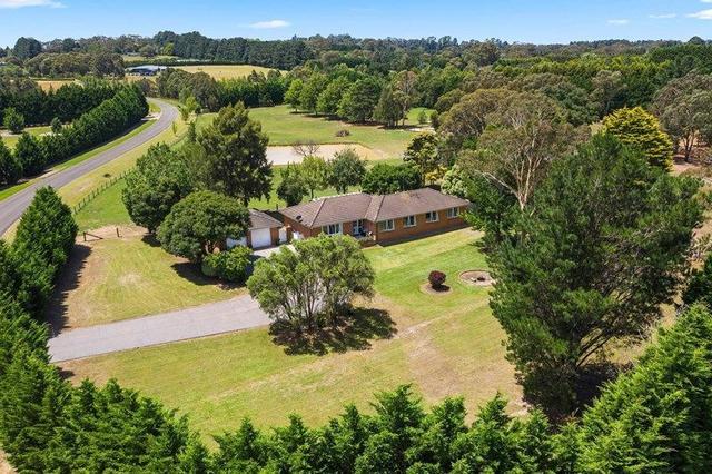 2 Parsland  Close, NSW 2579