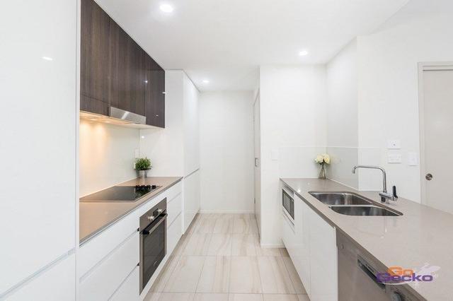 406/8 Hunt Street, QLD 4007