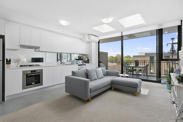 304/5A Hampden Road, NSW 2195