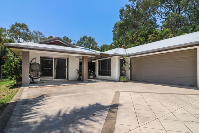 8 Hawk Court, QLD 4655
