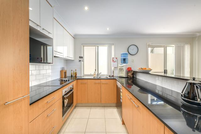 208 Easthill Drive, QLD 4226
