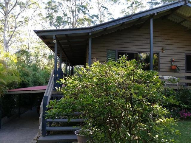 157 North Road, QLD 4211