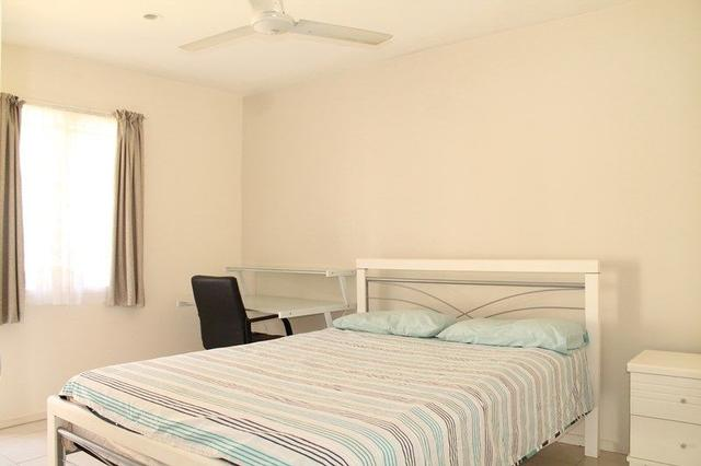 2/9 Westerham Street, QLD 4068