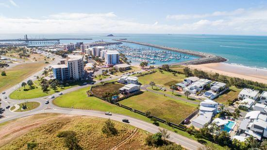 31/19 East Point Drive, QLD 4740