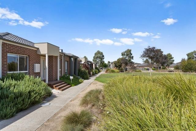 14 Pitch Place, VIC 3750