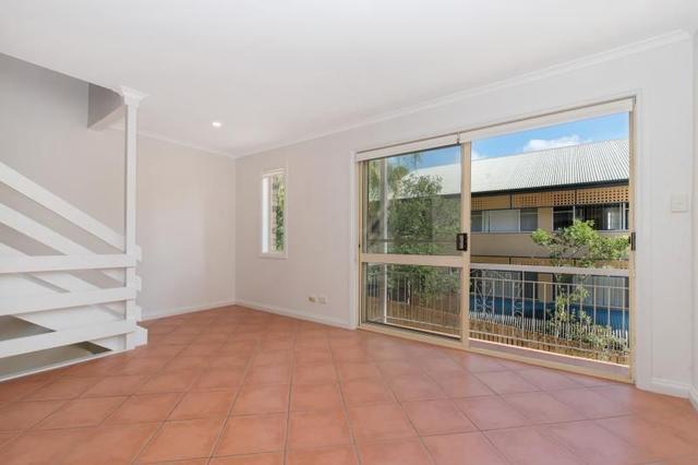 3/16 Morris Street, QLD 4064