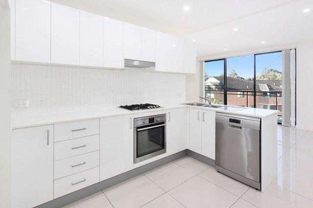 6/8 Linden Street, NSW 2146