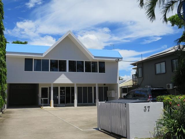 37 Pease Street, QLD 4870