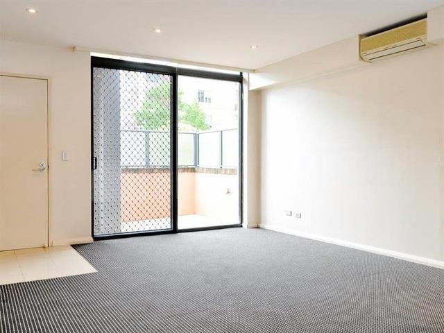 3/2 Bechert Road, NSW 2046