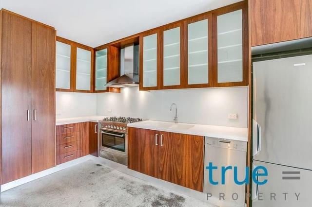 21 Burren Street, NSW 2043