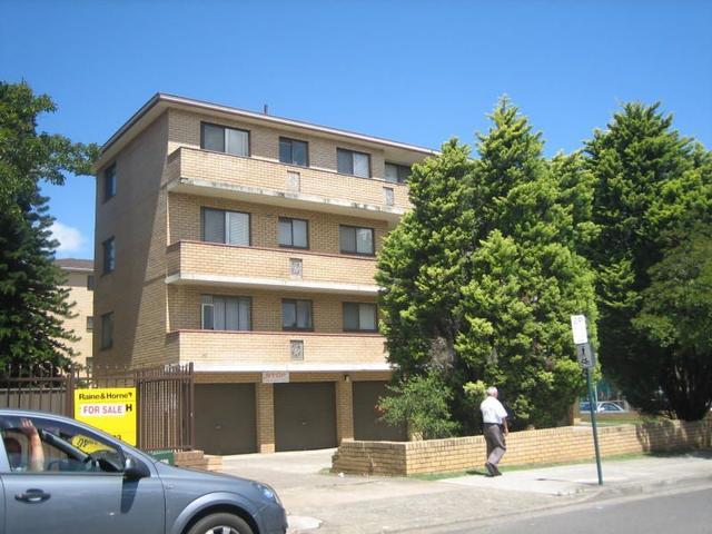 8/40 Goulburn Street, NSW 2170