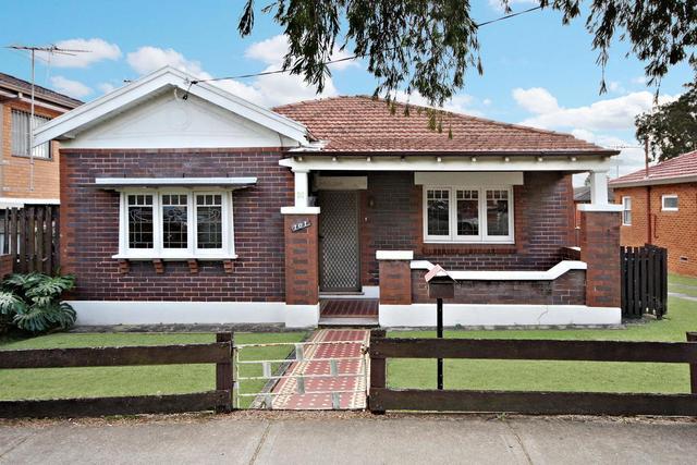 101 Yangoora Road, NSW 2195