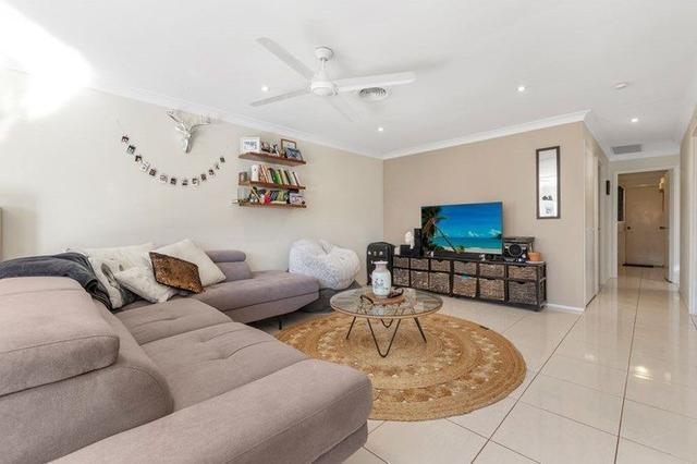 2/67 Corunna Crescent, QLD 4214