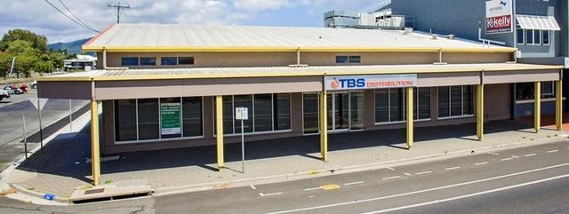 30 Water Street, QLD 4870