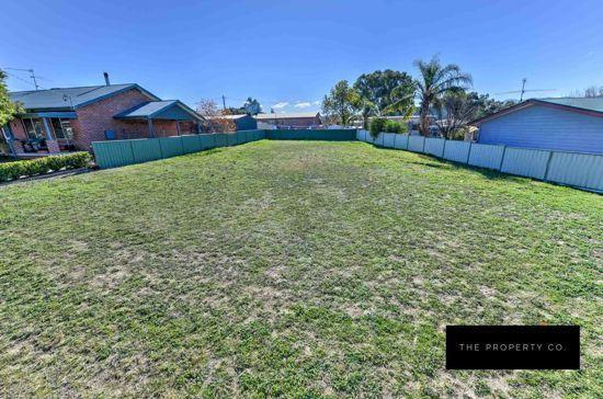 15 Leonora Crescent, NSW 2352