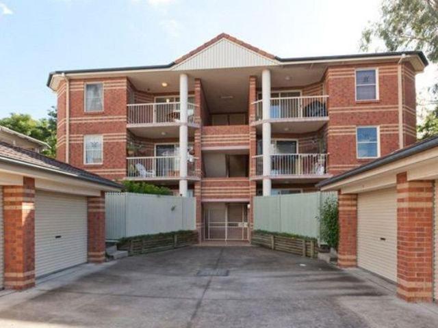 1/11 Prince Street, QLD 4103