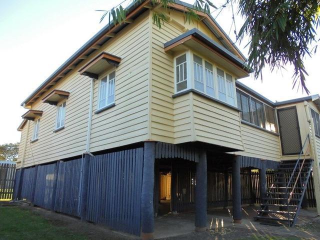 12 Charles St, QLD 4659