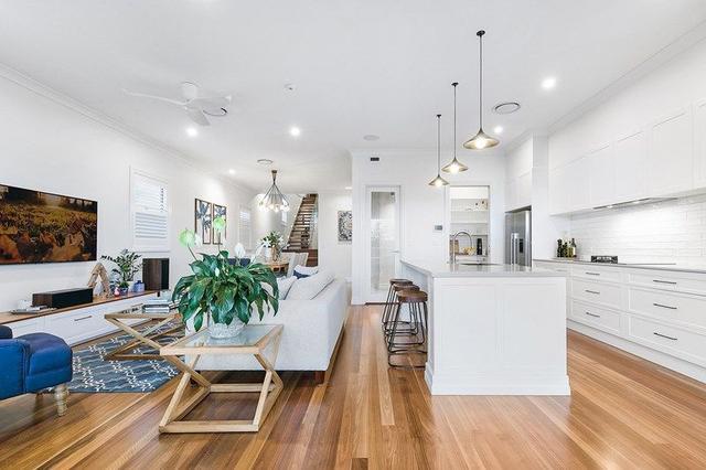 107 Fingal Street, QLD 4121
