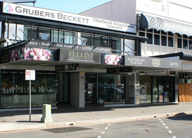 Shops 1, 2 & 3/13 Spence Street, QLD 4870