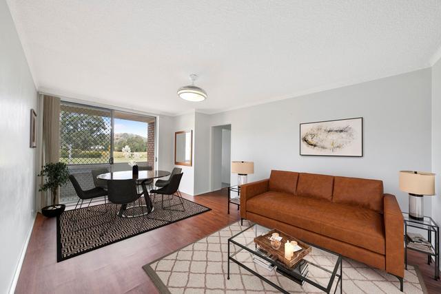 1/77 Menangle Street, NSW 2571