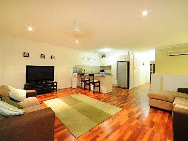 2/21 Shute Harbour Road, QLD 4802