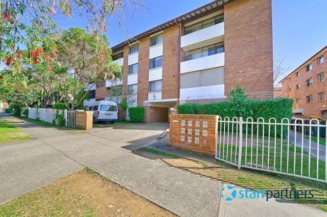 21/5 Lachlan Street, NSW 2170