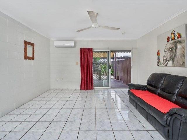 3/8 Short Street, QLD 4870