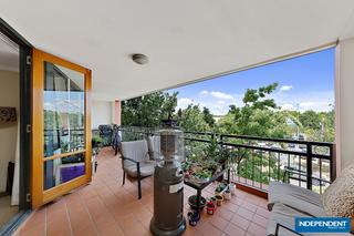 Large, 22m2 covered balcony